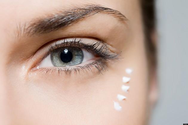 Kem dưỡng da mắt