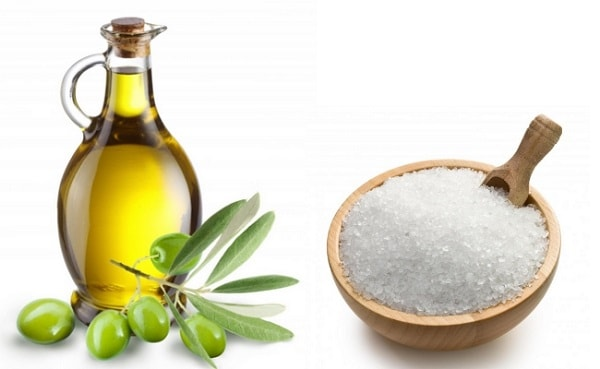 Hỗn hợp dầu oliu và muối biển