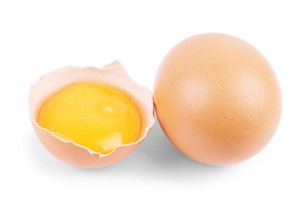 Mặt nạ cấp ẩm bằng lòng đỏ trứng gà