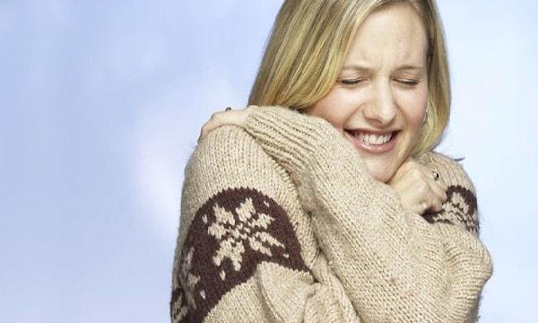 Bị đau đầu, ớn lạnh: Nguyên nhân, cách điều trị và phòng tránh 3