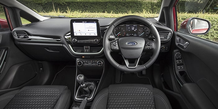 Ford Fiesta sở hữu nội thất sang trọng hiện đại
