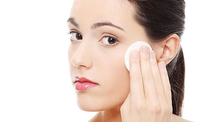 Thực hiện đúng các bước sử dụng nước hoa hồng cho làn da khỏe mạnh
